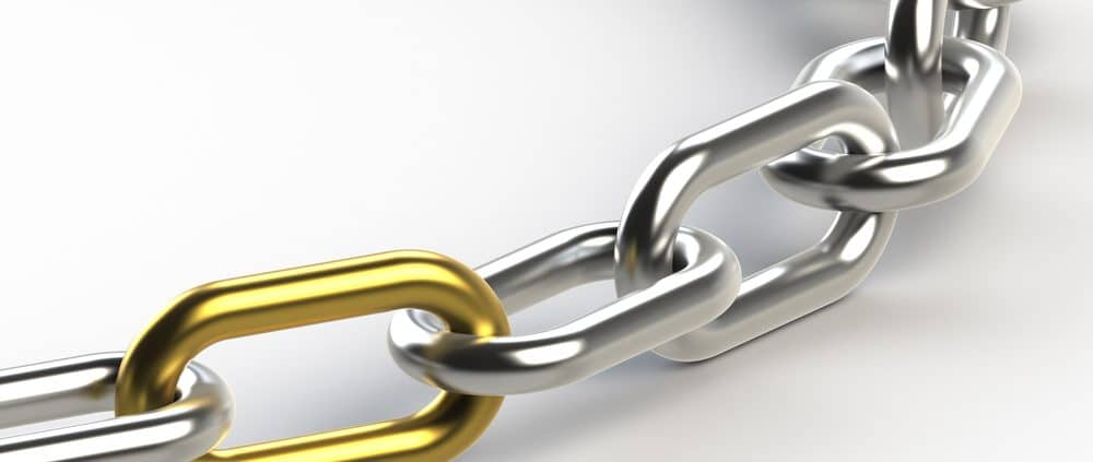Chain with one Golden link